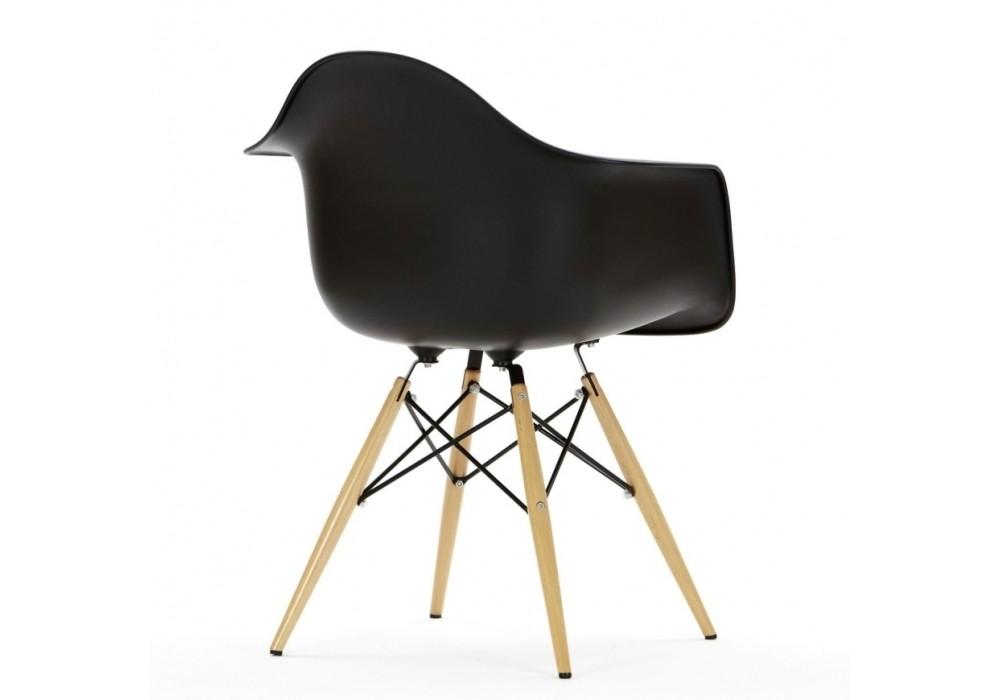 Kids del eames arm chair for Plastic chair eames replica